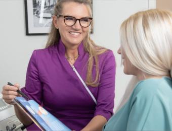Schonende Behandlung von Zähnen und Zahnfleisch mit Laser bei Dr. Janschitz in Weißenhorn, nahe Senden, Krumbach und Pfaffenhofen